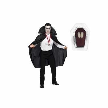 Carnavalskleding vampier cape inclusief hoektanden voor