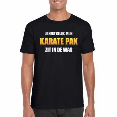 Karatepak zit in de was heren carnaval t-shirt zwart voor